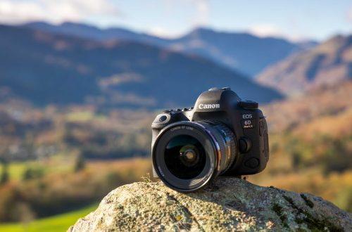 10 Rekomendasi DSLR Canon Terbaik