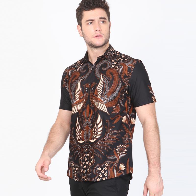 Batik Elvander dari Aksa