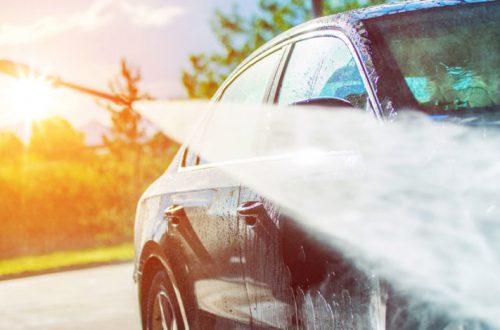 10 Sikat Cuci Mobil Terbaik Untuk Menghadapi Musim Hujan