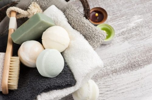8 Bath Bomb Terbaik Untuk Sensasi Mandi yang Lebih Menyenangkan